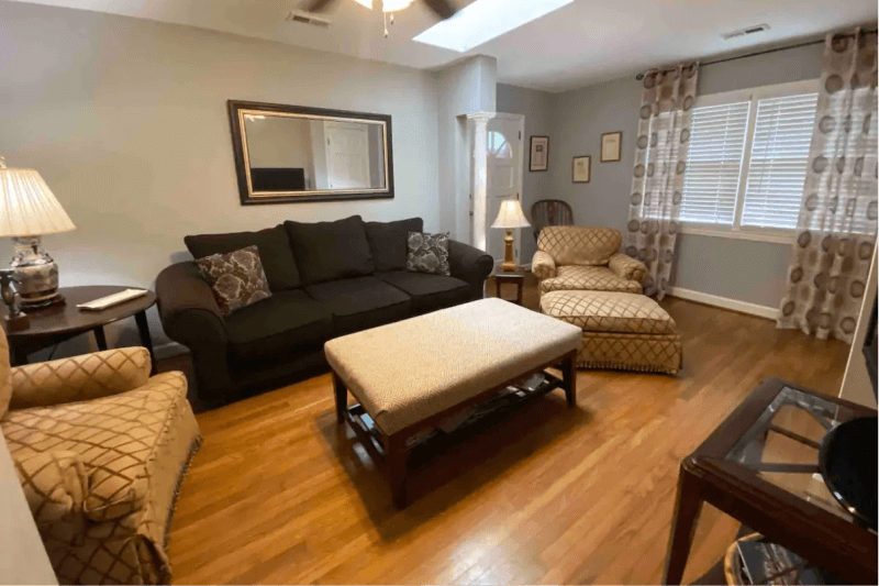 Quaint Condo in One of Raleigh's Most Sought After Areas (near NC State)