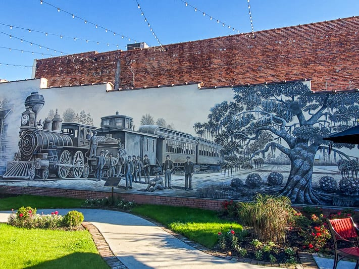 Cool mural in Conway